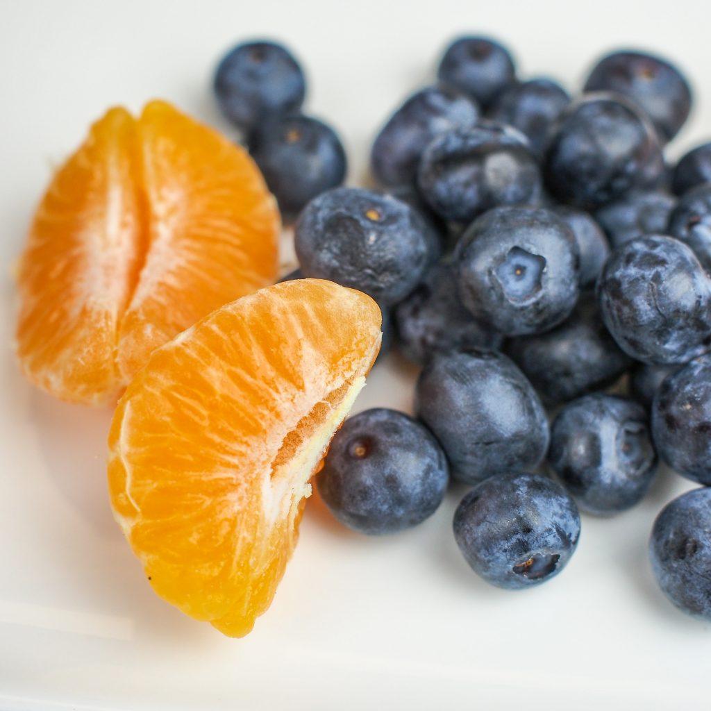 Smoothie de blueberry e tangerina