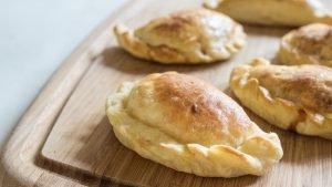 empanadas de queijo